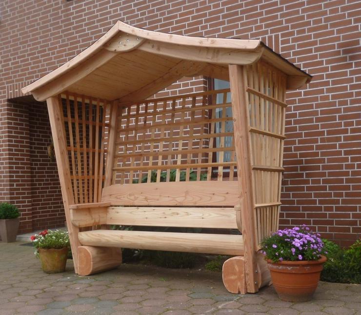 Gartenbank mit Dach, Gartenmöbel, Holzbank