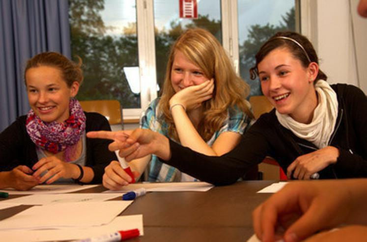 Bild 4: Englisch, Französisch, Spanisch, Deutsch Kurse