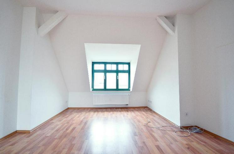 Bild 3: Tolle 2-Zi.-Dachgeschosswohnung mit Süd-Terrasse