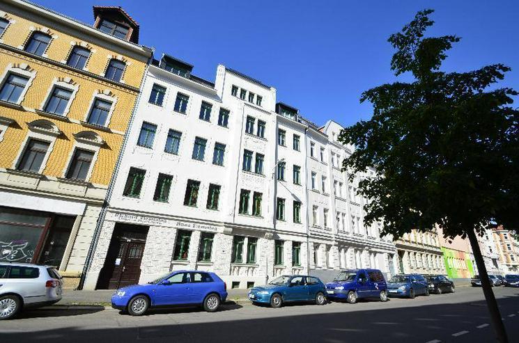 Tolle 2-Zi.-Dachgeschosswohnung mit Süd-Terrasse - Wohnung mieten - Bild 1