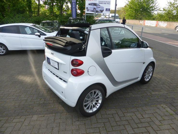 Bild 4: SMART smart fortwo cabrio softouch passion micro hybrid drive