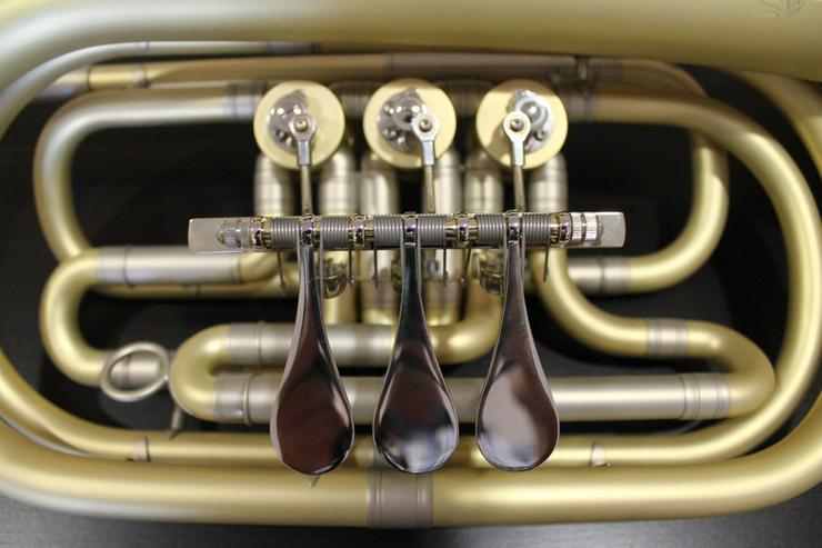 Bild 3: Melton 129 Elaboration Basstrompete in Bb