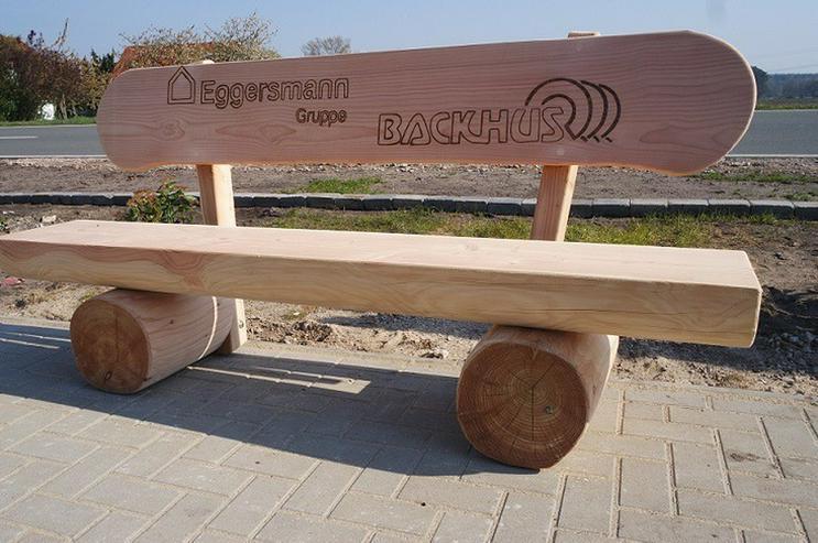 Rustikale Sitzbank mit Gravur.Holzbank.Bank.