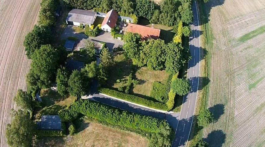 Landhaus mit riesiger Wohnfläche und Laufabstand zur Holländischen Grenze in Ringe - Haus kaufen - Bild 1