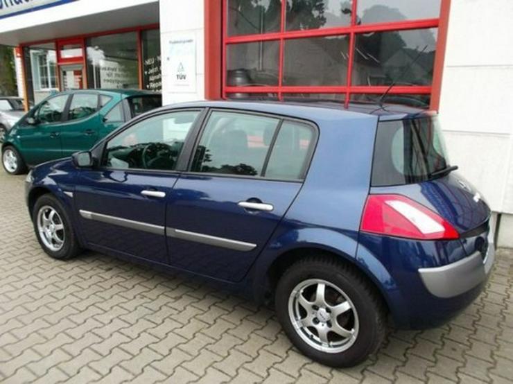 Bild 5: Renault Megane 1.6 Confort Dynamique-Klimaautomatik