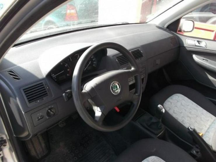 Bild 5: Skoda Fabia 1.2 HTP Comfort-Klimaanlage
