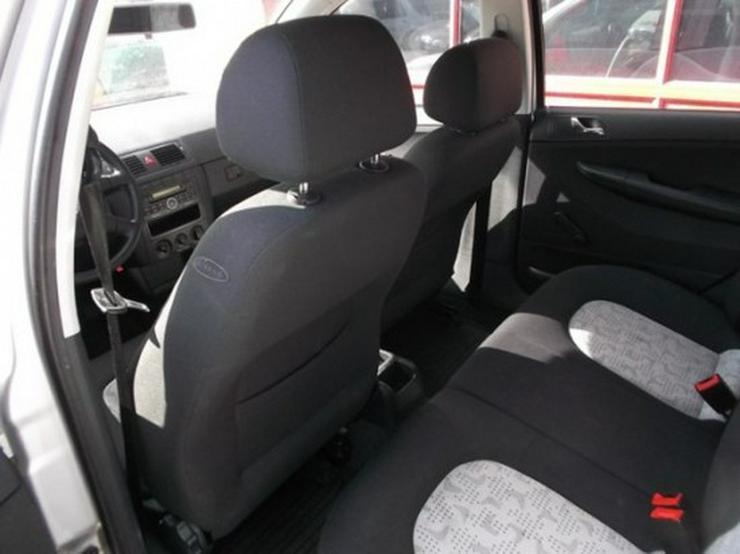 Bild 6: Skoda Fabia 1.2 HTP Comfort-Klimaanlage