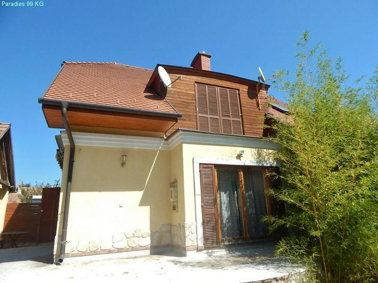 Bild 6: Wohnhaus auf dem Lande