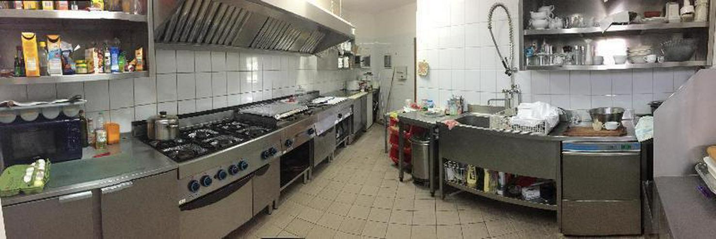 Bild 3: Gasthaus mit Biergarten