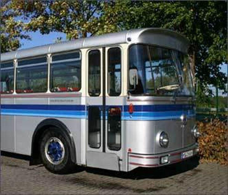 Bild 2: SAURER Oldtimer-Bus 5 DUK 58