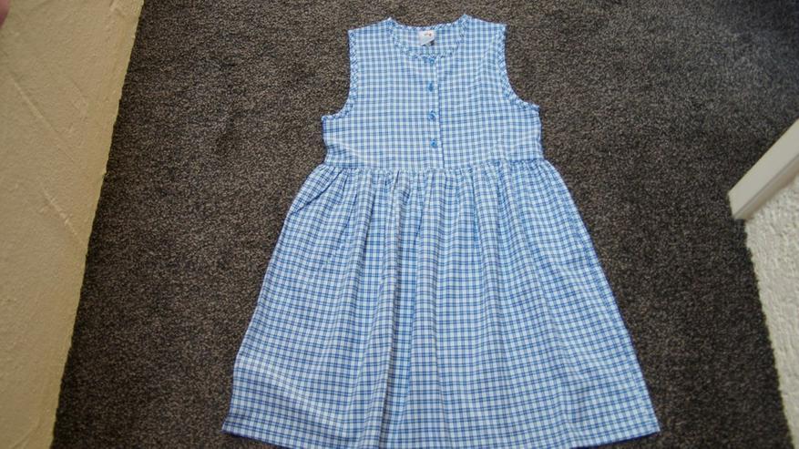 Kleid, Gr. 152, weiß-blau, Karo, Bienchen, neu