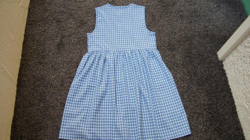 Bild 4: Kleid, Gr. 152, weiß-blau, Karo, Bienchen, neu