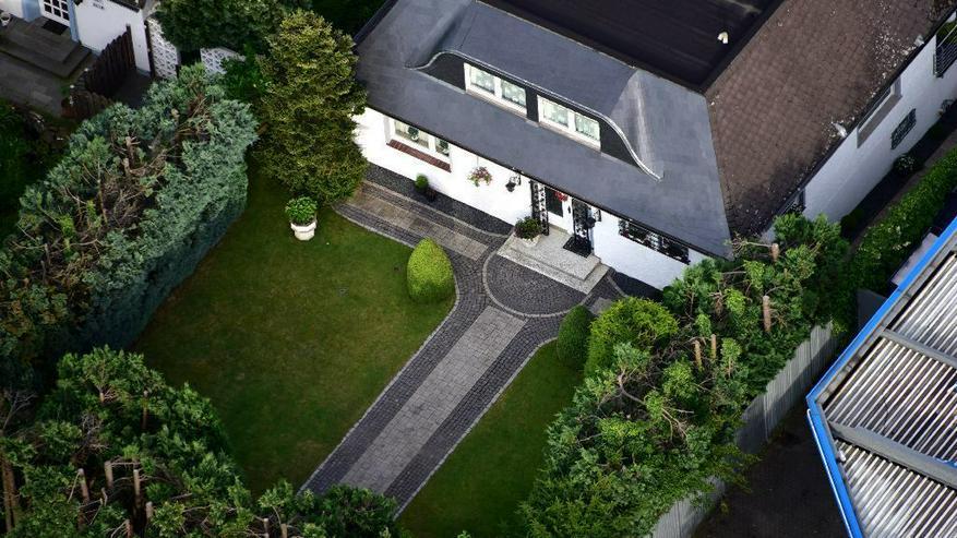 Bild 4: Herrschaftliche Villa mit 2 Gartengrundstücken.