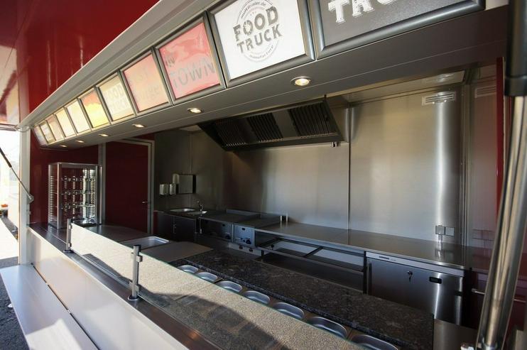 Bild 3: 6,00m x 2,30m Burger Food Truck