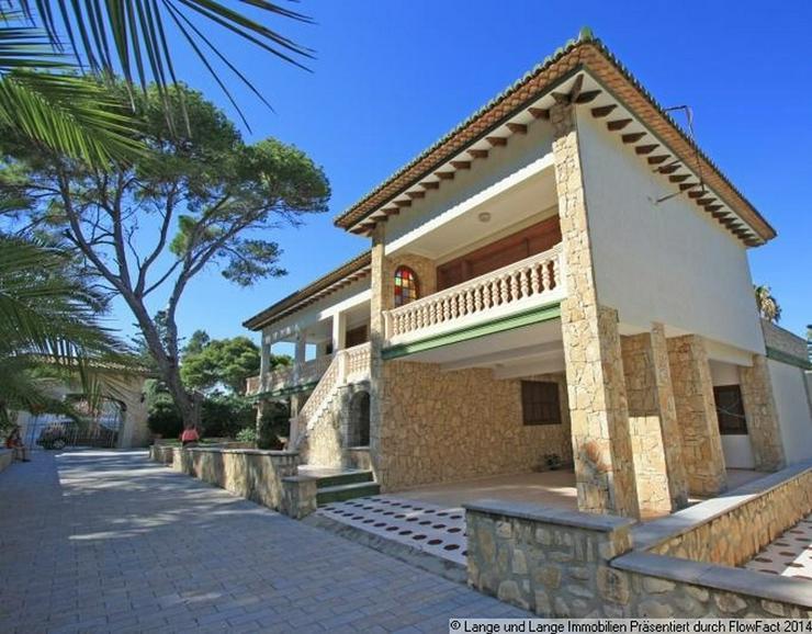 Bild 3: Denia - Denia - Rarität - Villa mit direkter Lage am Meer - Spanien Immobilien