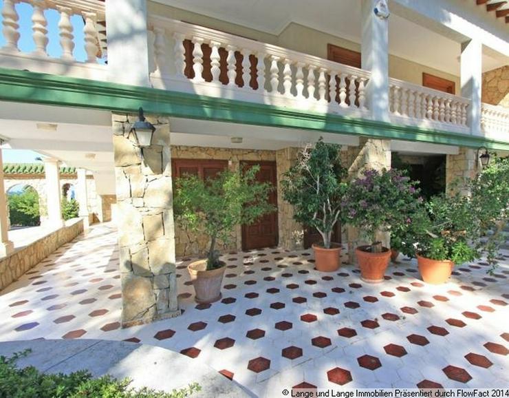 Bild 5: Denia - Denia - Rarität - Villa mit direkter Lage am Meer - Spanien Immobilien