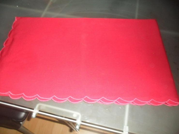 Bild 2: 2 Tischdecken
