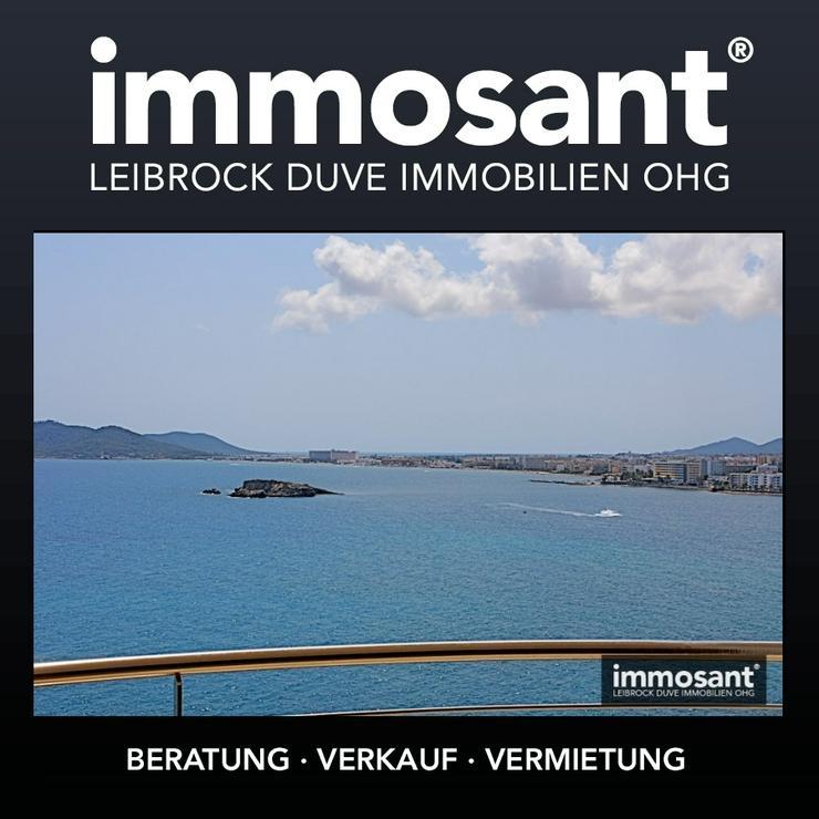 Neubau Penthouse mit atemberaubendem Blick über Alt-Ibiza und das Meer - MS05408