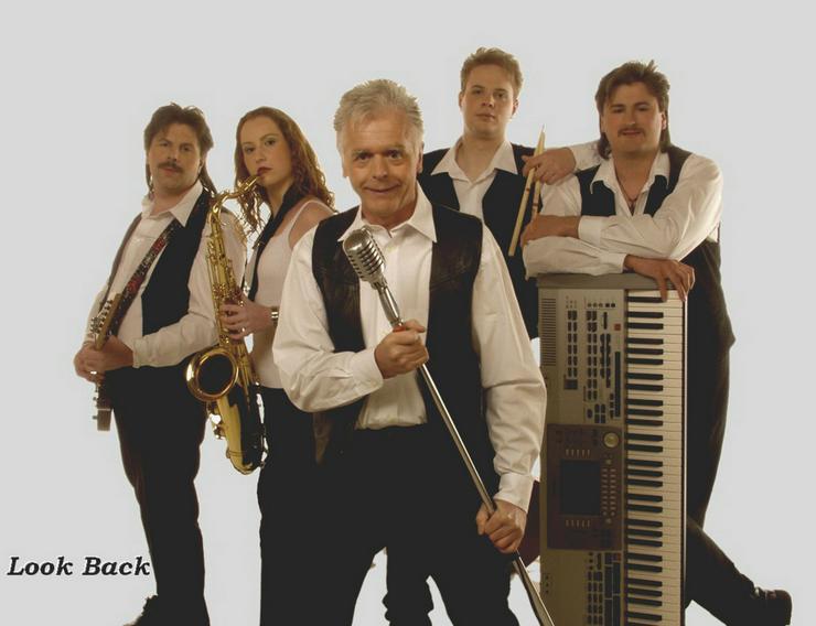 Bild 3: Look Back - Oldieband