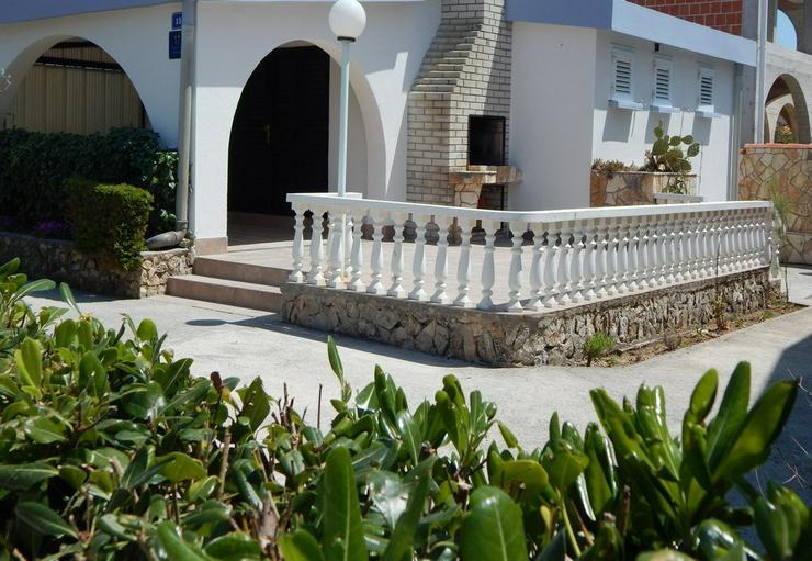 Ferienhaus Insel Vir für bis zu 6 Personen