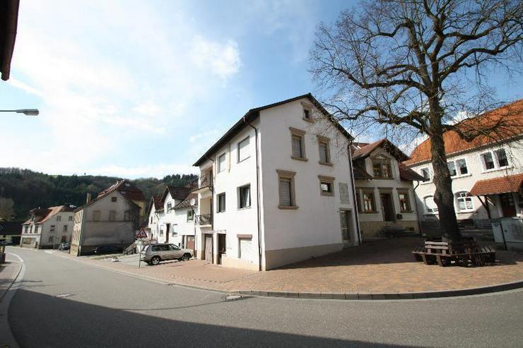 Schöner wohnen im Kuseler Land - einzugsbereites 2 Familienhaus.