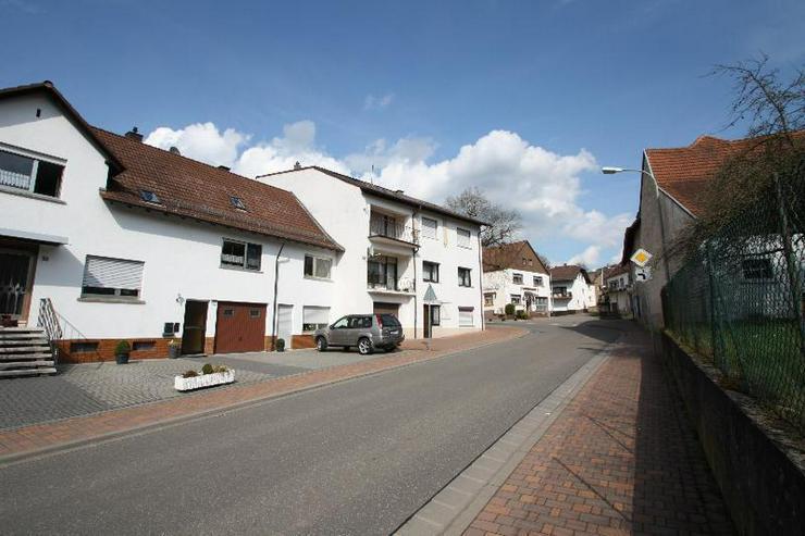 Bild 2: Schöner wohnen im Kuseler Land - einzugsbereites 2 Familienhaus.