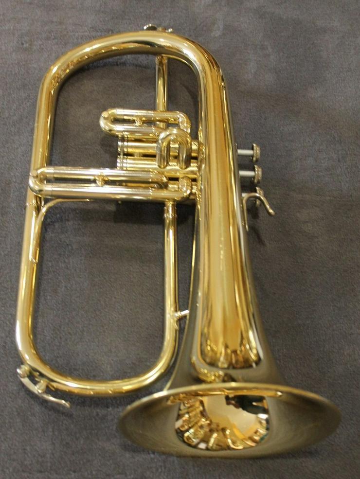 Bild 4: B & S Flügelhorn inkl. Koffer und Mundstück