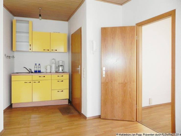 kleines b ro in zentrumsn he wohnen im gleichen haus. Black Bedroom Furniture Sets. Home Design Ideas