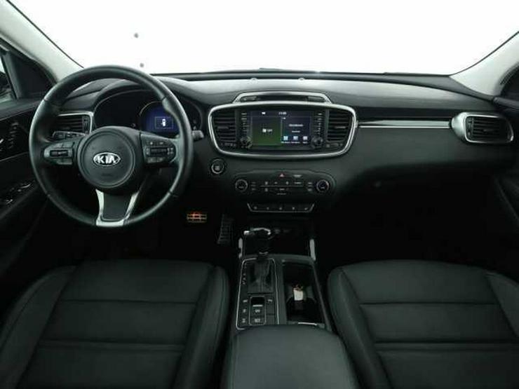 Bild 4: KIA Sorento 2.2CRDi AWD Automatik Spirit Perf. Navi