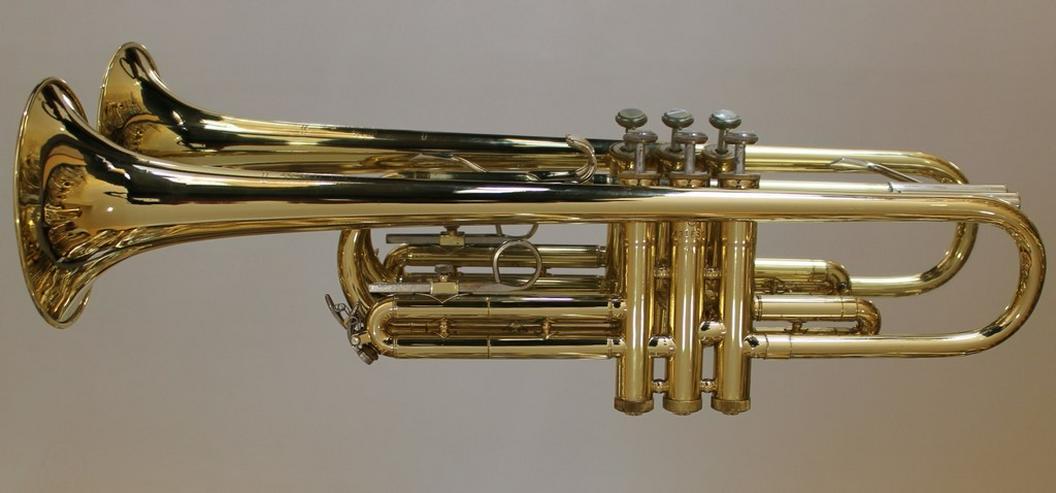 Bild 2: Selmer U.S.A. B - Trompete, Messing lackiert