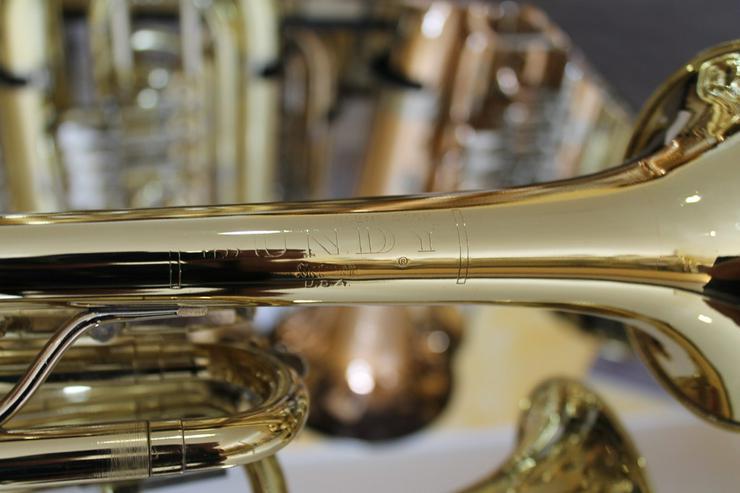 Bild 6: Selmer U.S.A. B - Trompete, Messing lackiert
