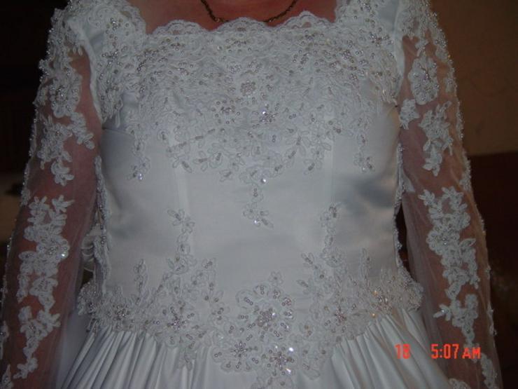 Bild 3: Traumhaftes Brautkleid, Schleppe, Perlen