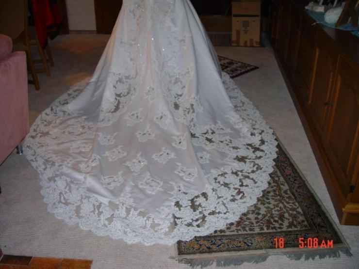 Bild 4: Traumhaftes Brautkleid, Schleppe, Perlen