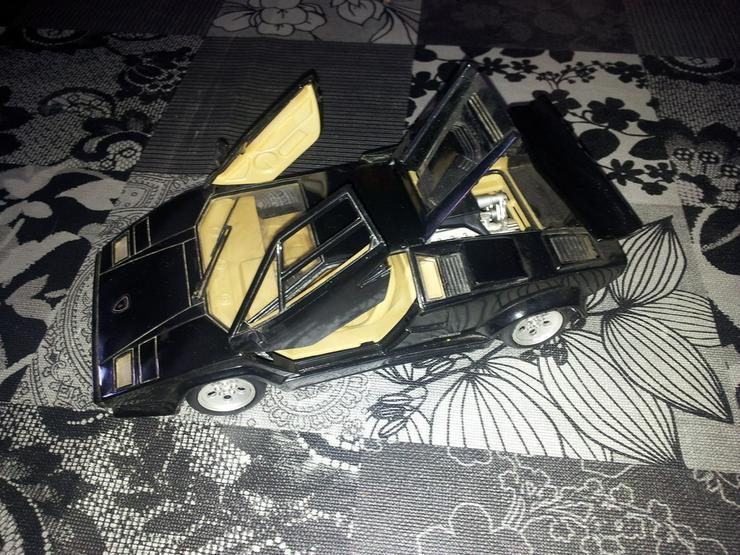 Lamborghini Countach 5000 1:18,TOP ZUSTAND