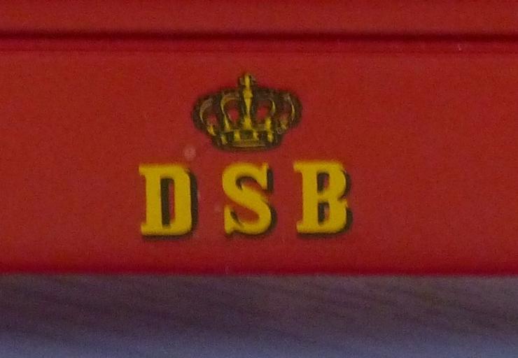 Bild 4: SCANIAModell-Omnibus der DSB CR-76