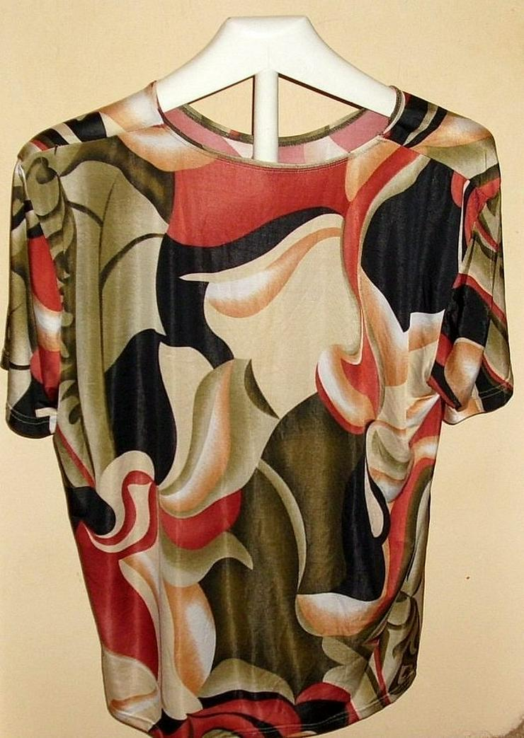 Bild 2: Blusen ...Shirts ...Pullis