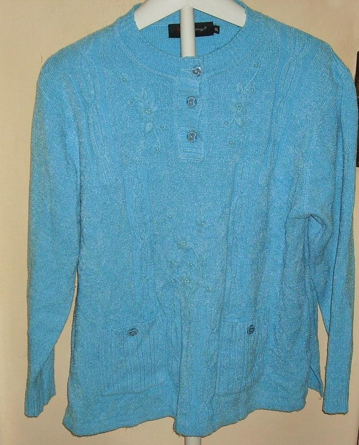 Bild 4: Blusen ...Shirts ...Pullis
