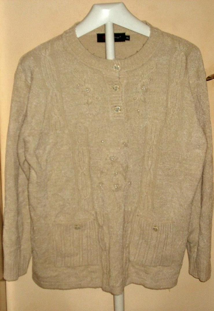 Bild 5: Blusen ...Shirts ...Pullis