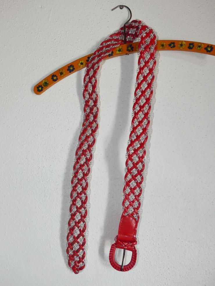silber-rot-durchsichtiger Gürtel