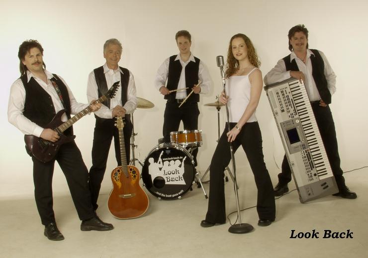 Bild 4: Look Back - Oldie Band