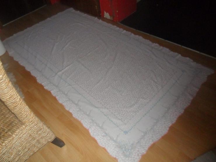 Grosse Tischdecke  1.80 x 2,40  cm