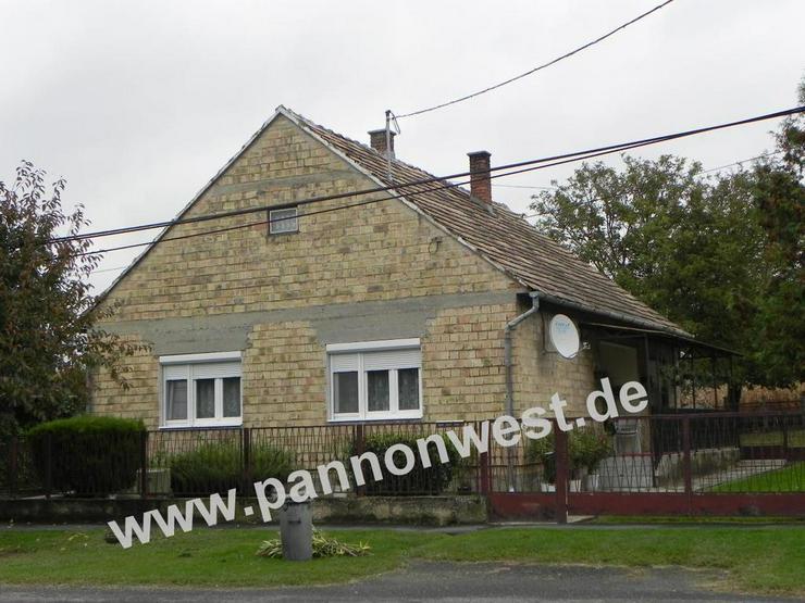 Bild 3: Günstiges, ebenerdiges Dorfhaus in Plattenseeregion