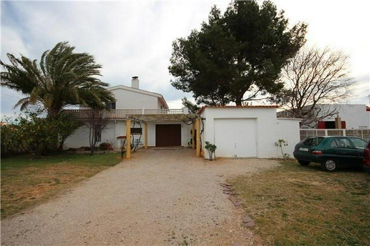Bild 4: Großzügige Finca mit Gästewohnung, Zentralheizung, Pool, Garage, Solar, Dachterrasse in...