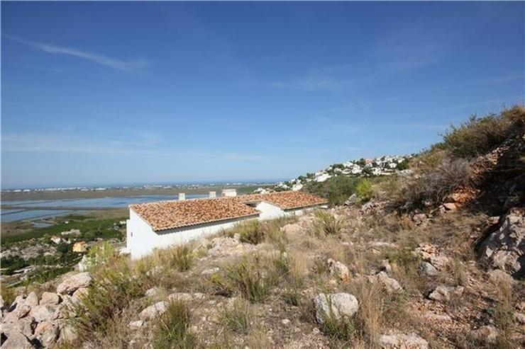 Bild 6: 1200 m² Baugrundstück in sonniger Lage mit Aussicht aufs Meer, die Berge und Pegos Natur...