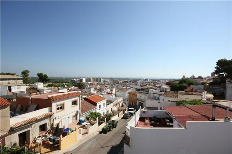 Bild 2: XXL Stadthaus mit 180 m2 Garage (Gewerbe) und großer Dachterrasse mit herrlicher Meersich...