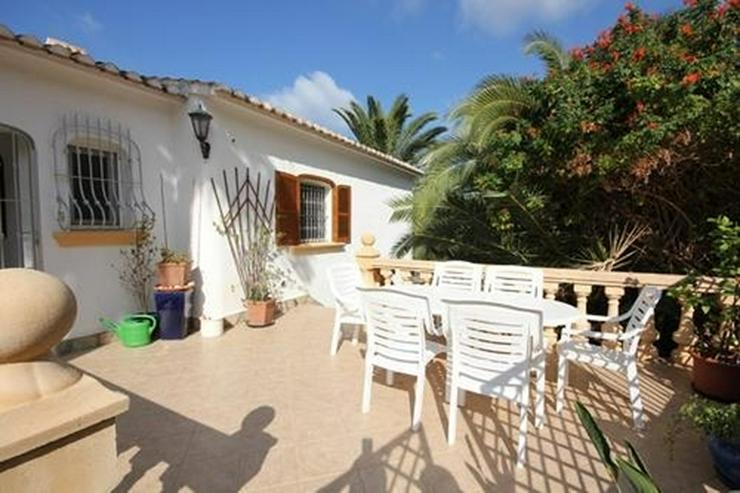 Bild 3: Villa mit Gästewohnung und uneinsehbarem Grundstück, BBQ, Garage, Pavillon und Burgblick