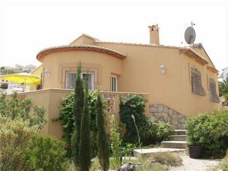 Neuwertige, gut ausgestattete Villa mit herrlicher Fernsicht bei Pego - Haus kaufen - Bild 1
