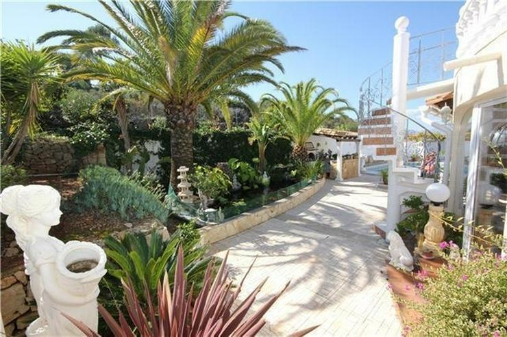 Bild 4: XXL Villa mit Pool, 5 SZ, 5 BZ, Jacuzzi, WiGa, Garage, Dachterrasse, einmalige Aussicht.