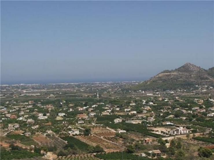 Bild 2: Traumgrundstück mit unverbaubarer Meersicht am nahezu höchsten Punkt des Monte Solana