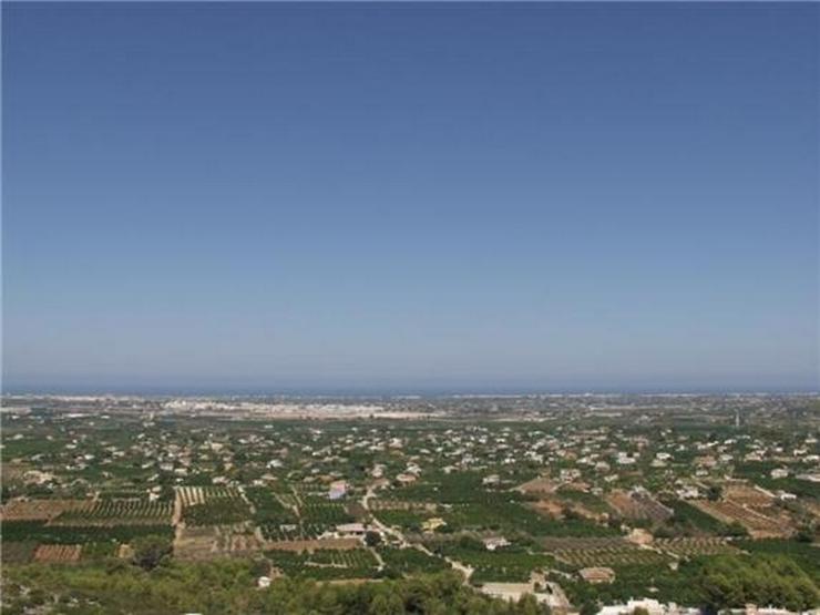 Bild 4: Traumgrundstück mit unverbaubarer Meersicht am nahezu höchsten Punkt des Monte Solana